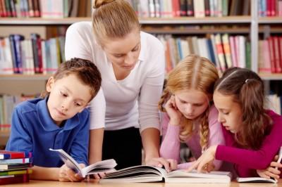 06NF2016 - Aprender com a Biblioteca Escolar: como implementar o Referencial AcBE em contexto de aprendizagem