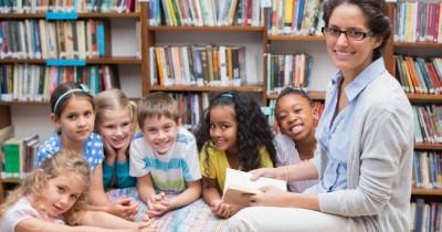 23NF2015 - Coordenar e partilhar recursos das, e nas,  bibliotecas escolares